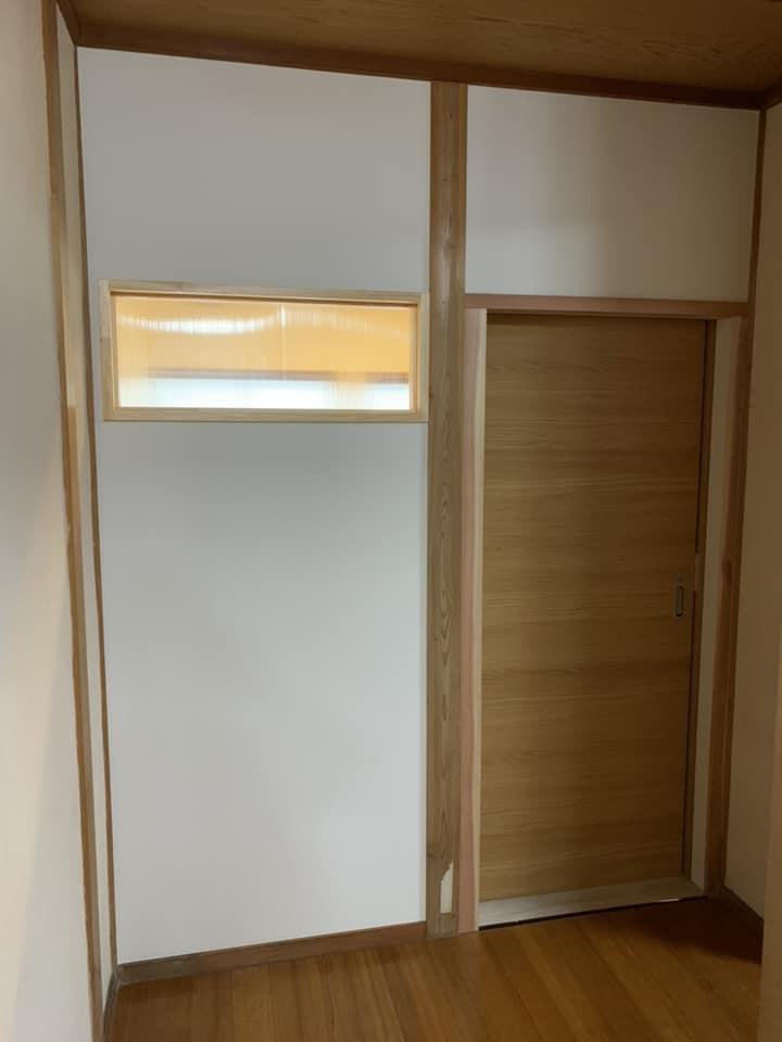 島根県安来市 男女に分かれていた狭いトイレをリフォーム 2018.10
